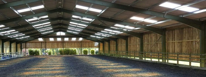 Advantages of Using Timber Cladding for Your Stable Buildings